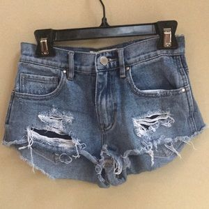 Bullhead Shorts - Bullhead distressed denim high rise short